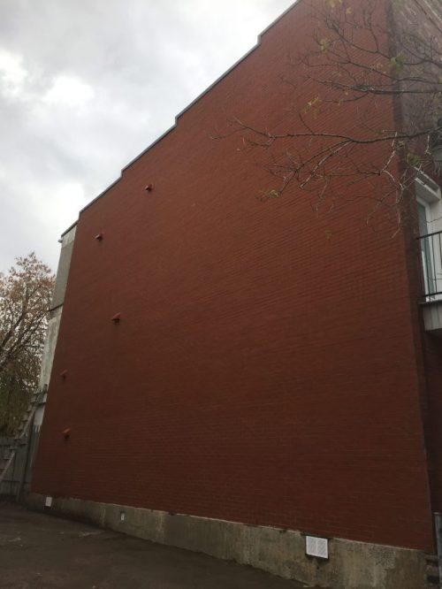 Restauration mur de brique - Après - Région de Montréal